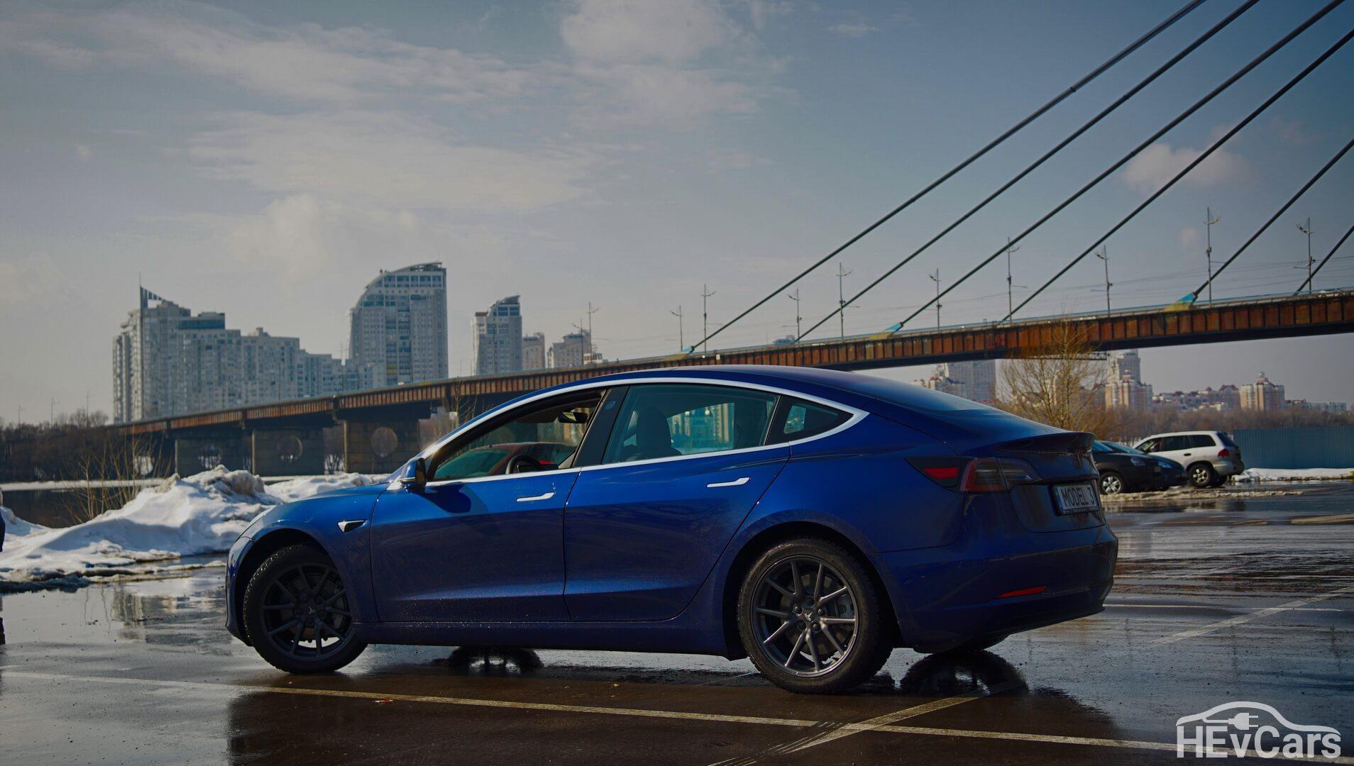 Выпускаемая на сегодня Tesla Model 3 Long Range