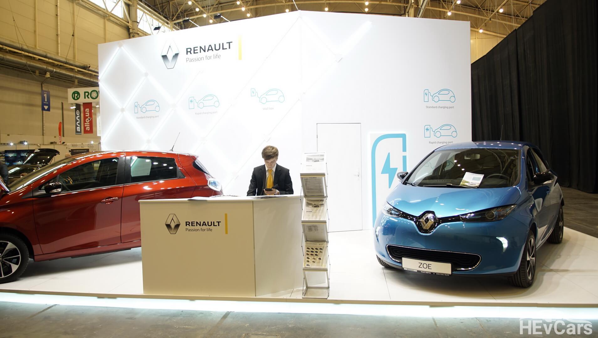 Стенд Renault Украина на выставке EcoDriveExpo 2018 с электромобилями Renault ZOE