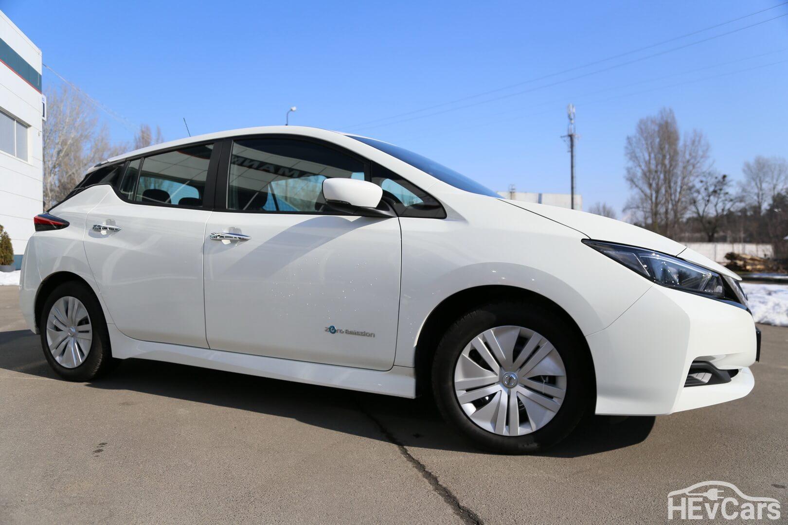Nissan Leaf с батареей емкостью 40кВт⋅ч