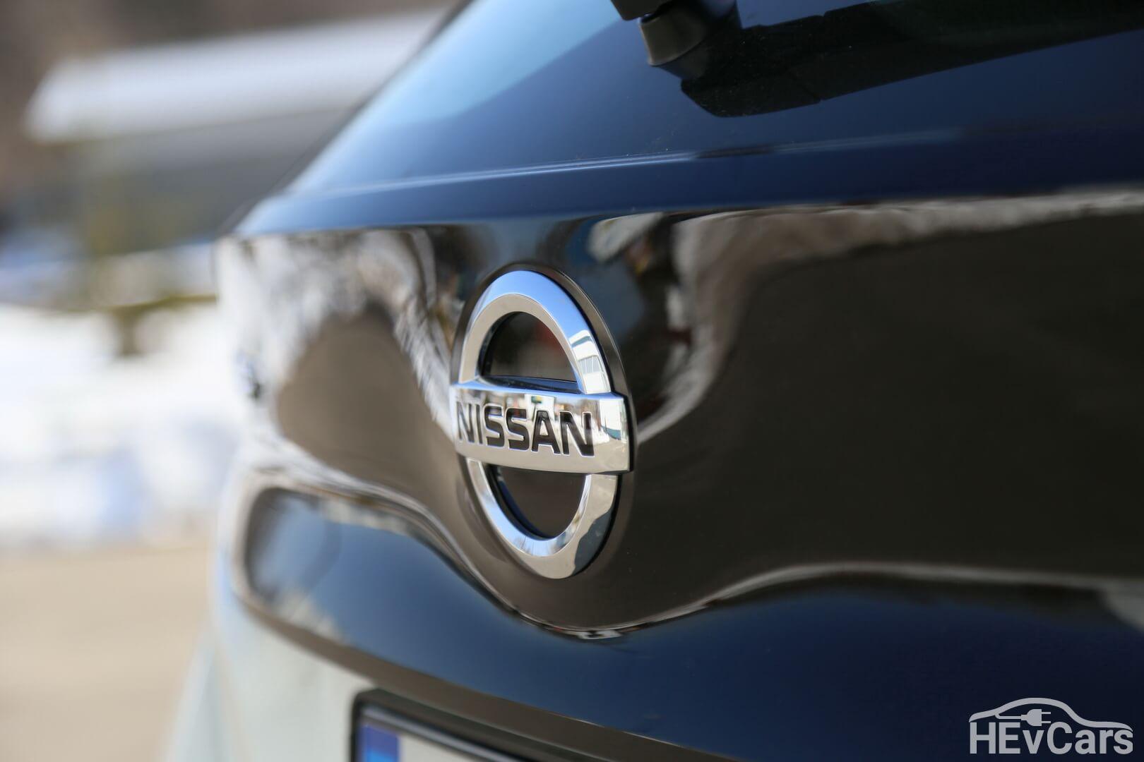 Эмблема задняя Nissan Leaf 2018