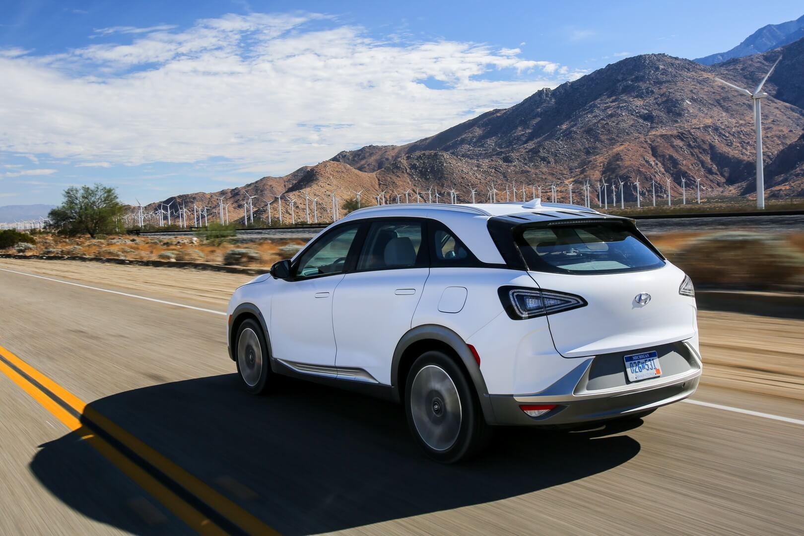 Фотография экоавто Hyundai Nexo - фото 17