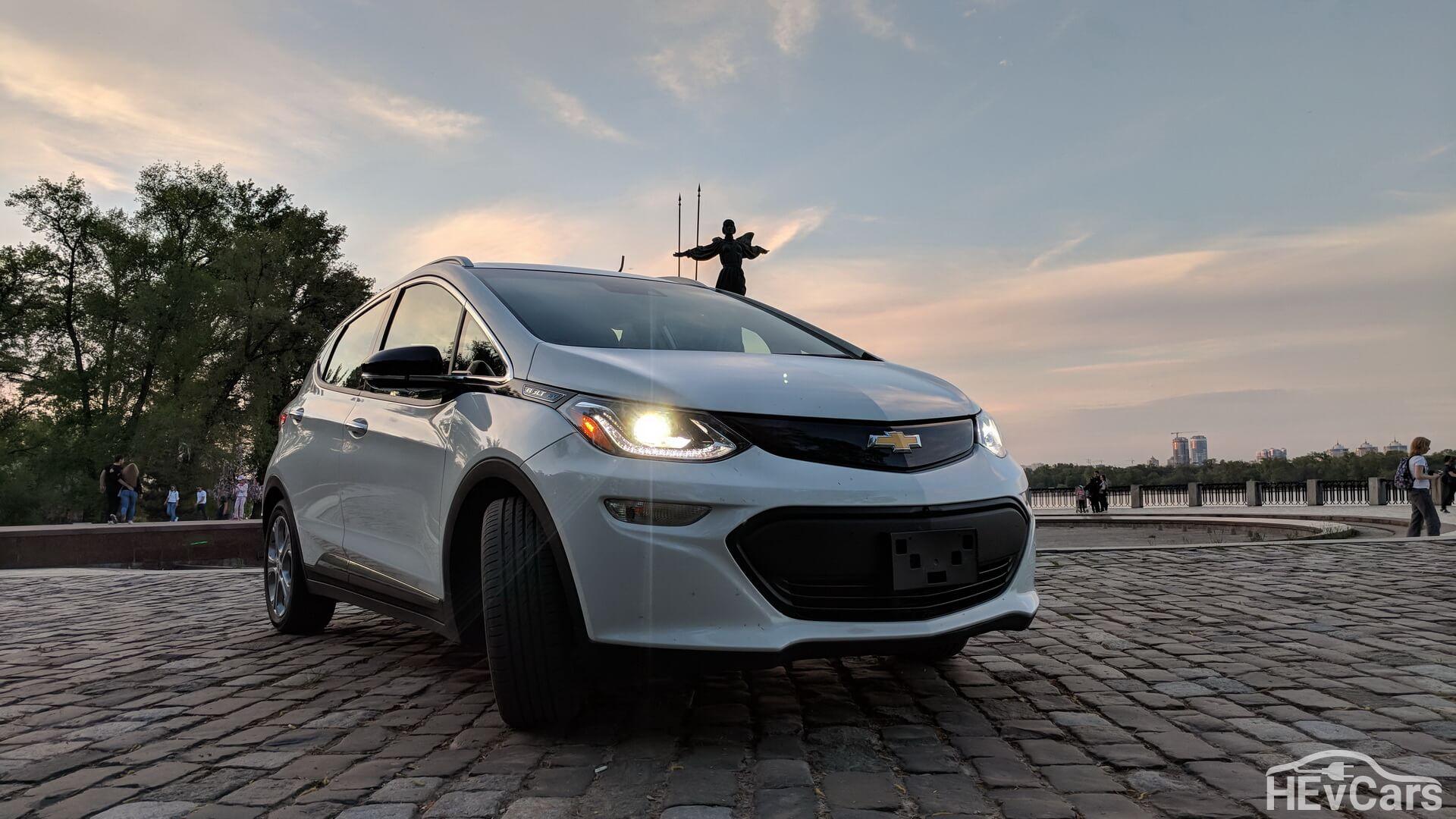Электромобиль Chevrolet Bolt EV
