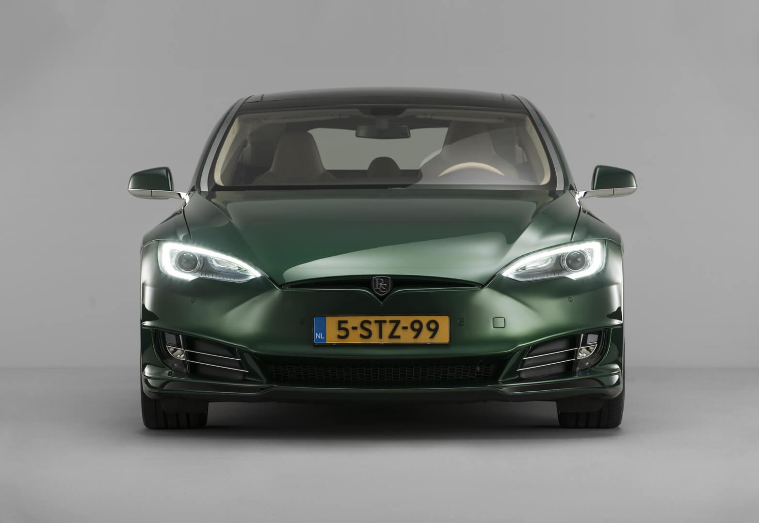 Универсал Tesla Model S — вид 2