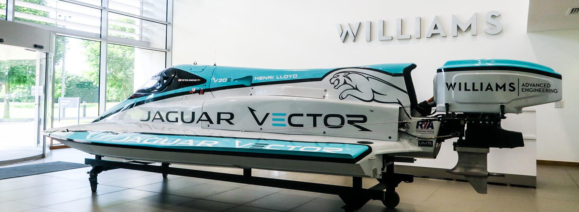 Электрический гоночный водный болид Jaguar Vector V20E