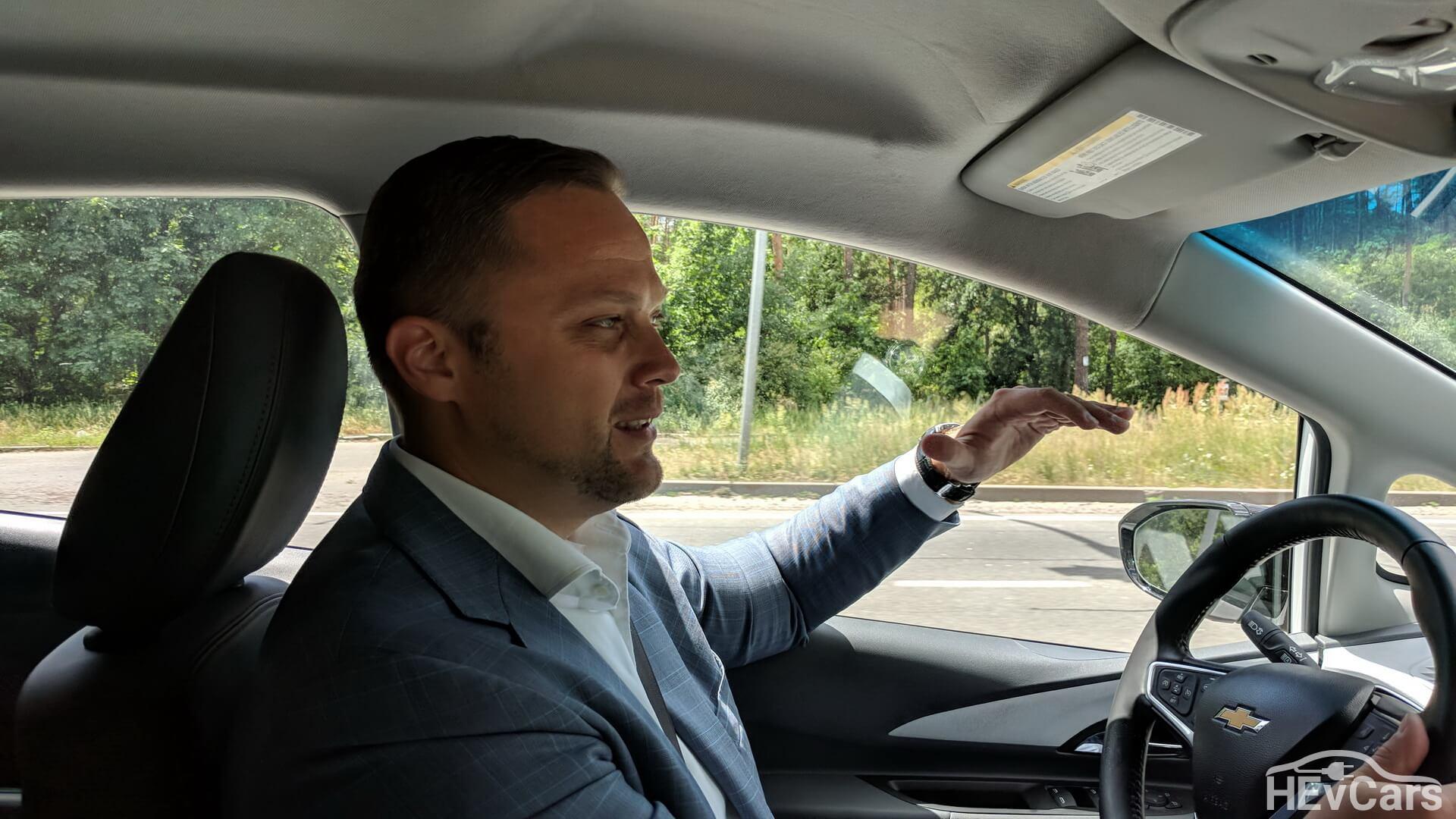 Интервью с Максимом Праздниковым во время тестирования Chevrolet Bolt