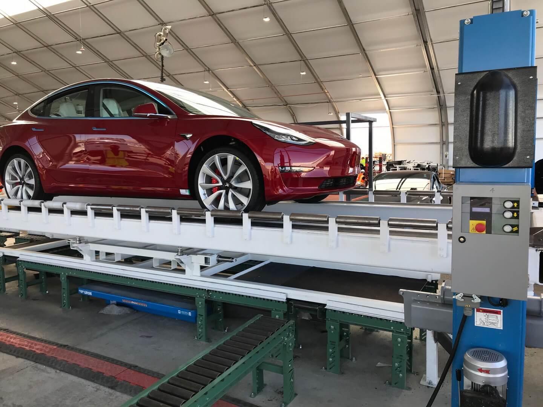 Первая Tesla Model 3 Dual Motor Performance