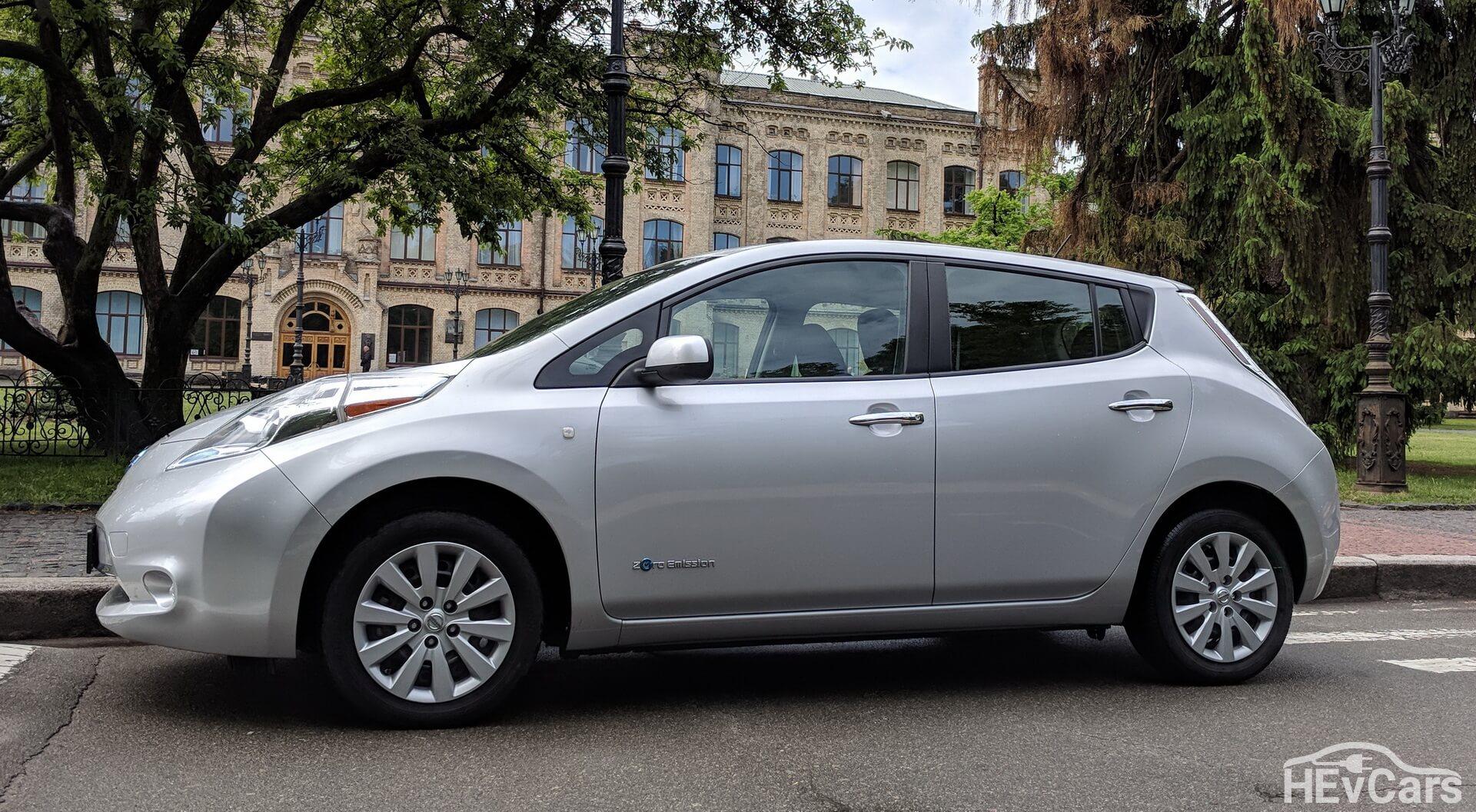 Nissan Leaf первого поколения (24 кВт•ч)