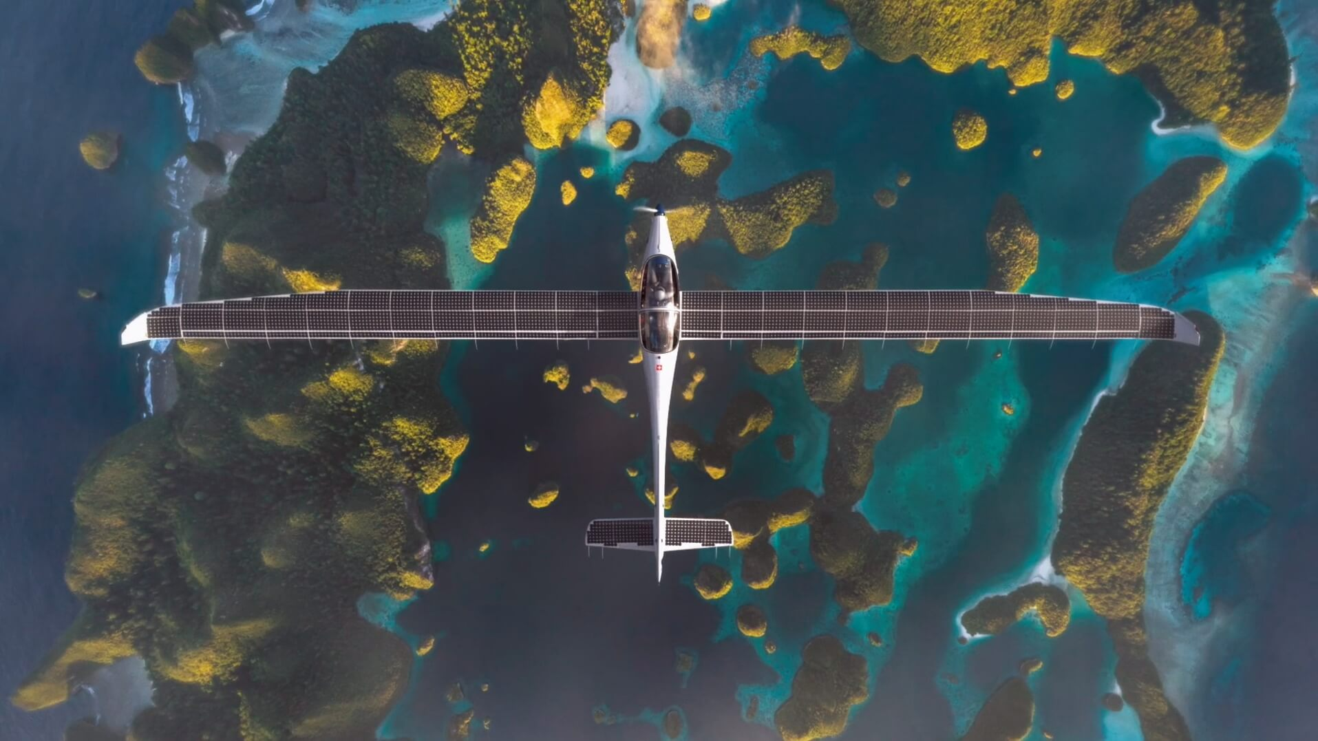 Электрический самолет SolarStratos с солнечными батареями