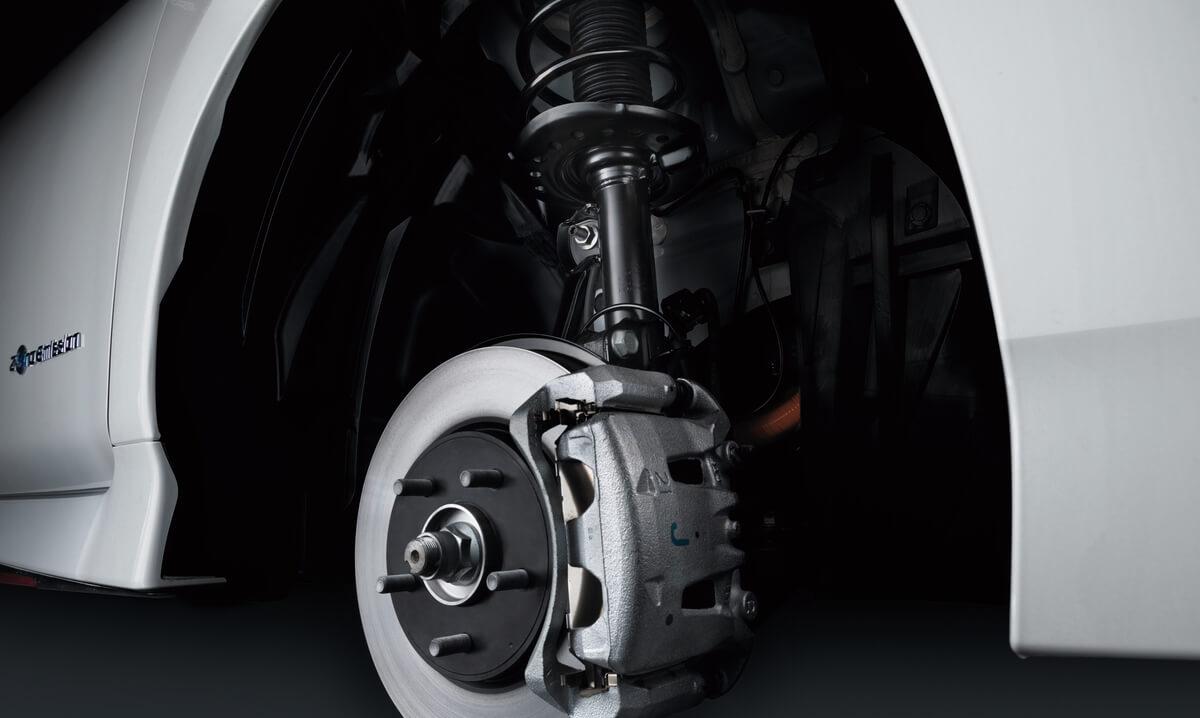 Подвеска и тормозные суппорта Nissan Leaf Nismo