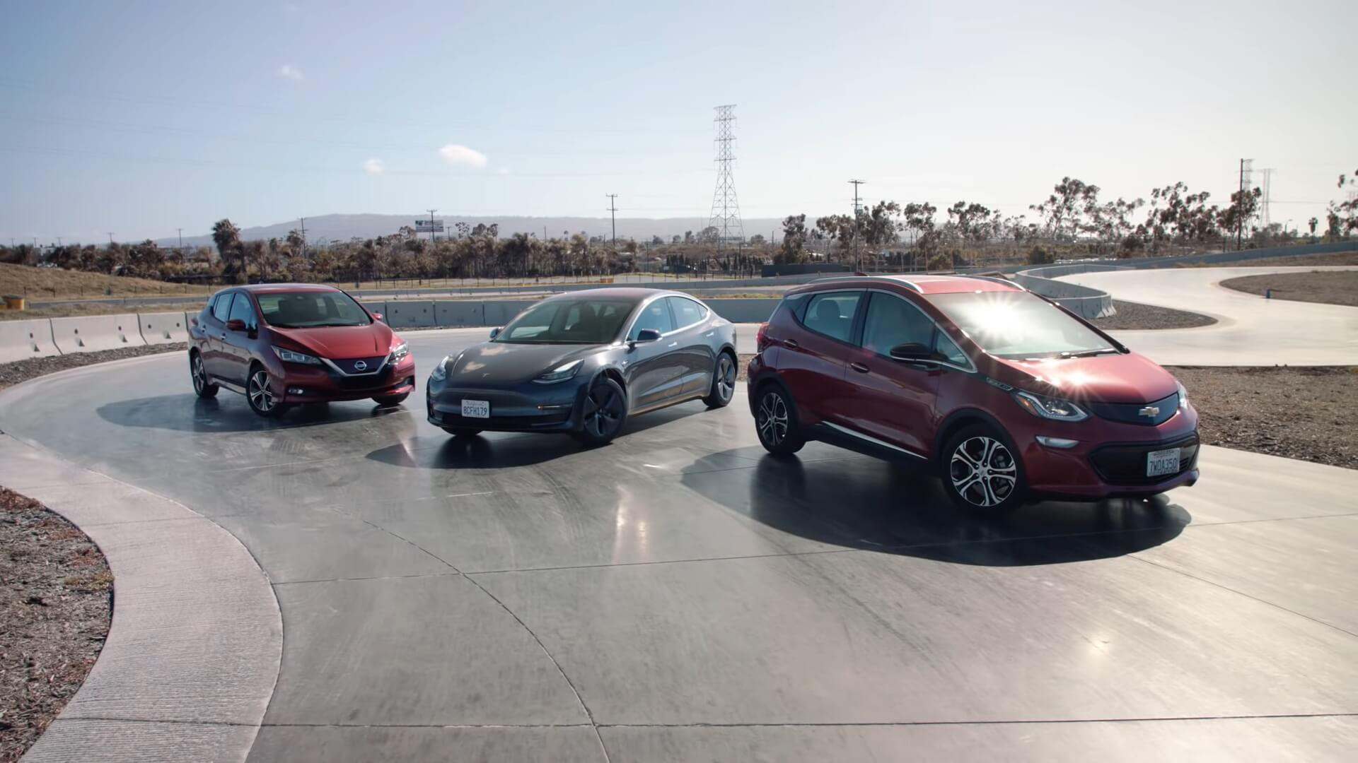 Электромобили: Nissan Leaf 2018, Tesla Model 3 и Chevrolet Bolt EV