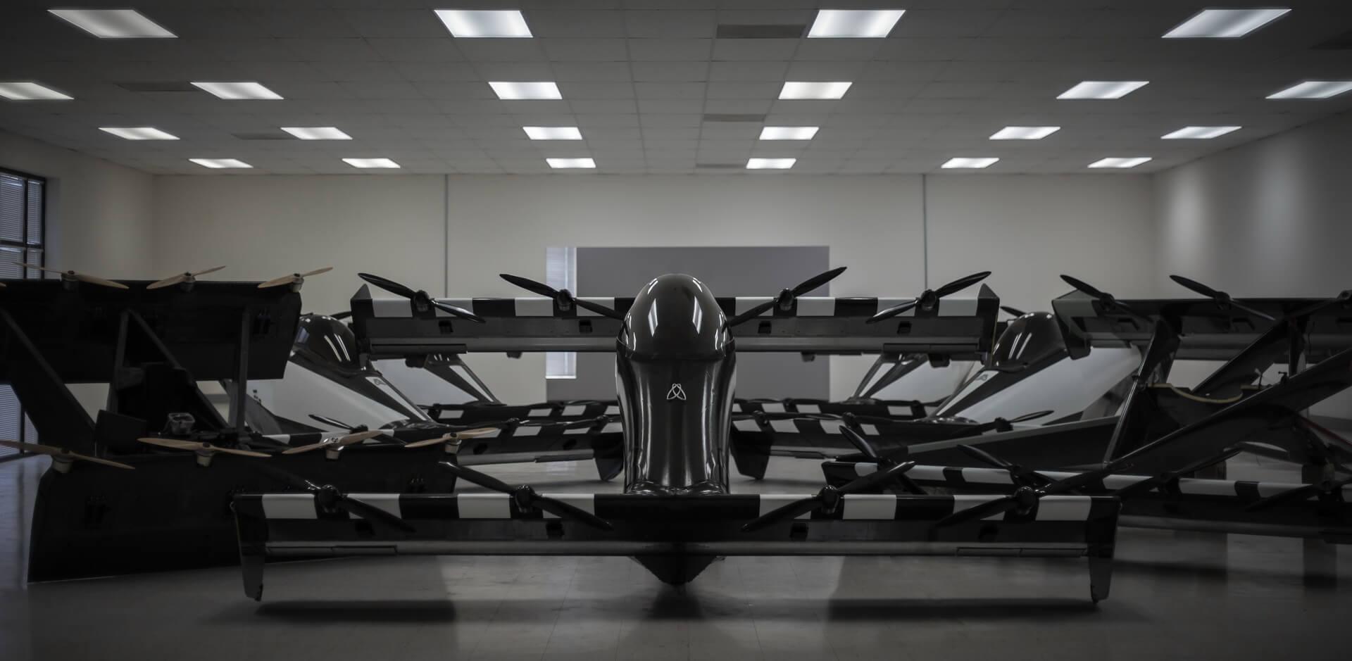BlackFly— электрический самолет свертикальным взлетом ипосадкой