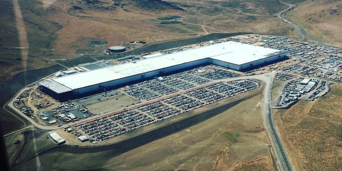 Tesla Gigafactory 1 в Неваде