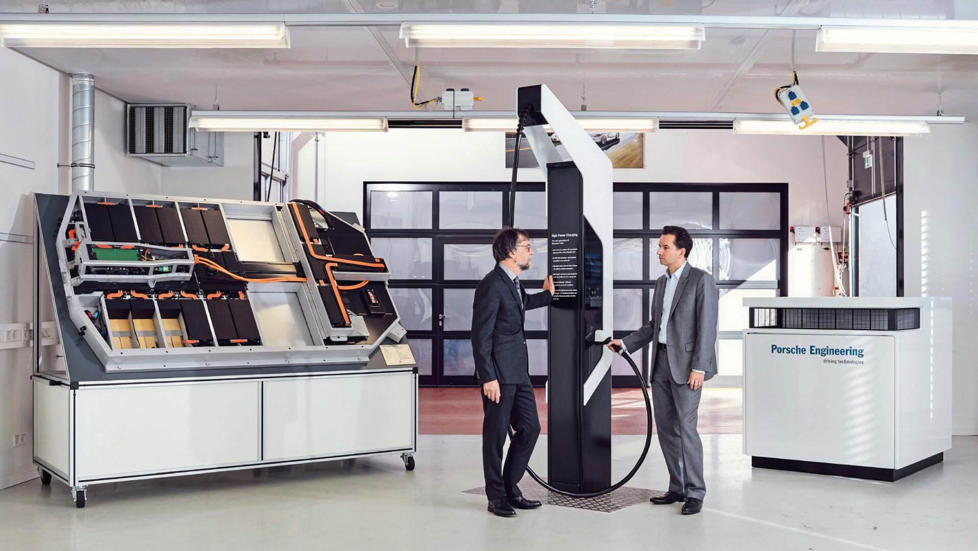Porsche предлагает систему для быстрой зарядки ChargeBox