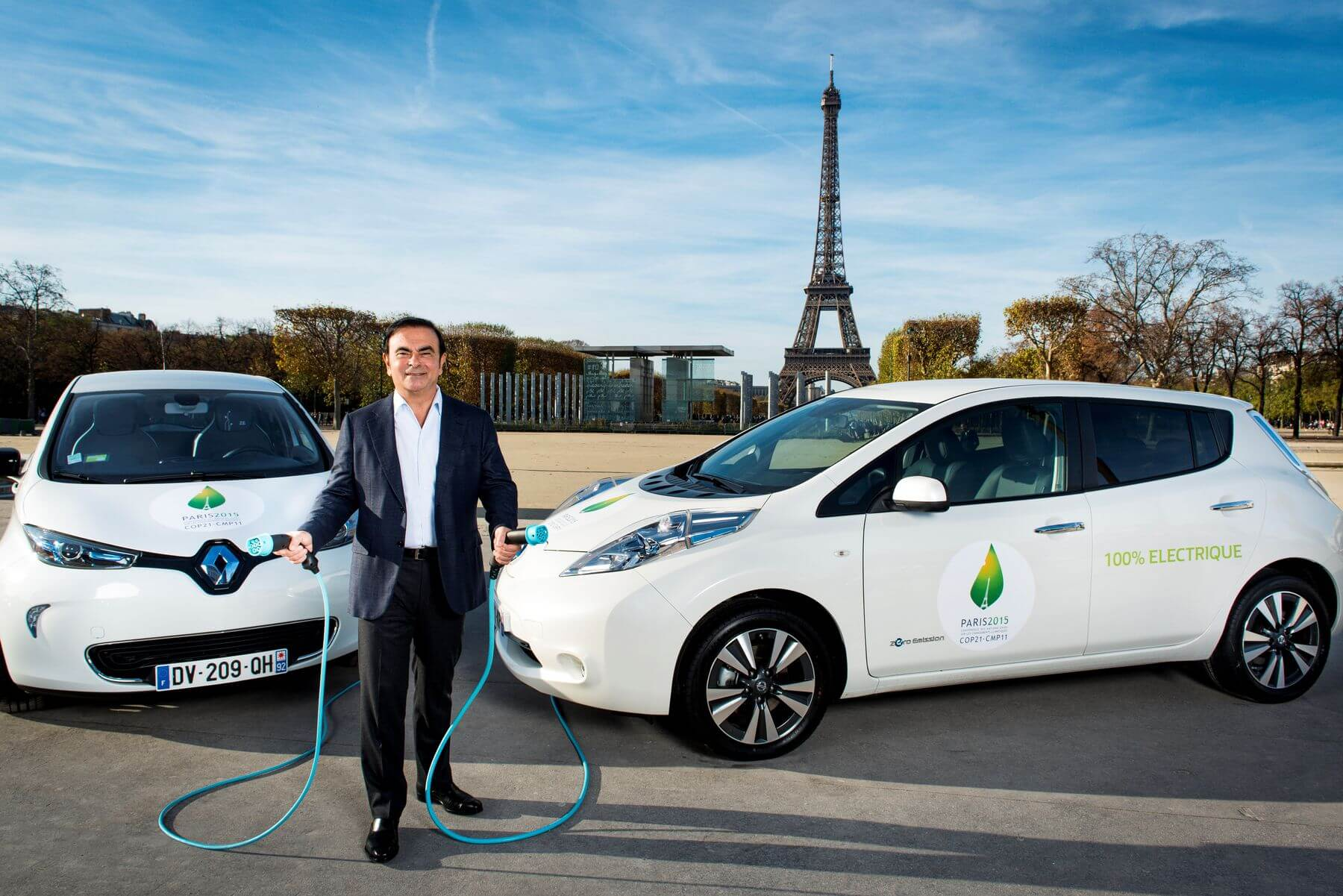 Карлос Гон с электромобилями альянса