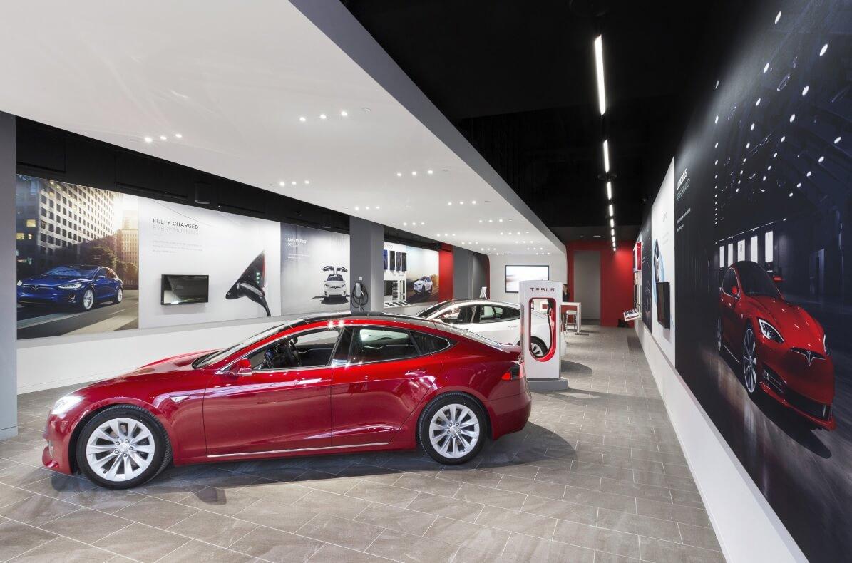 Магазин электромобилей Tesla
