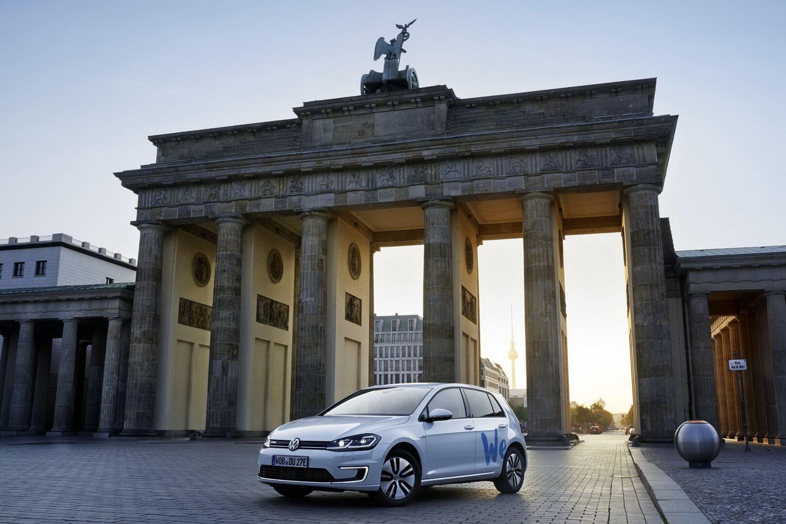 Volkswagen запускает сервис по совместному использованию электромобилей «We Share» в Берлине