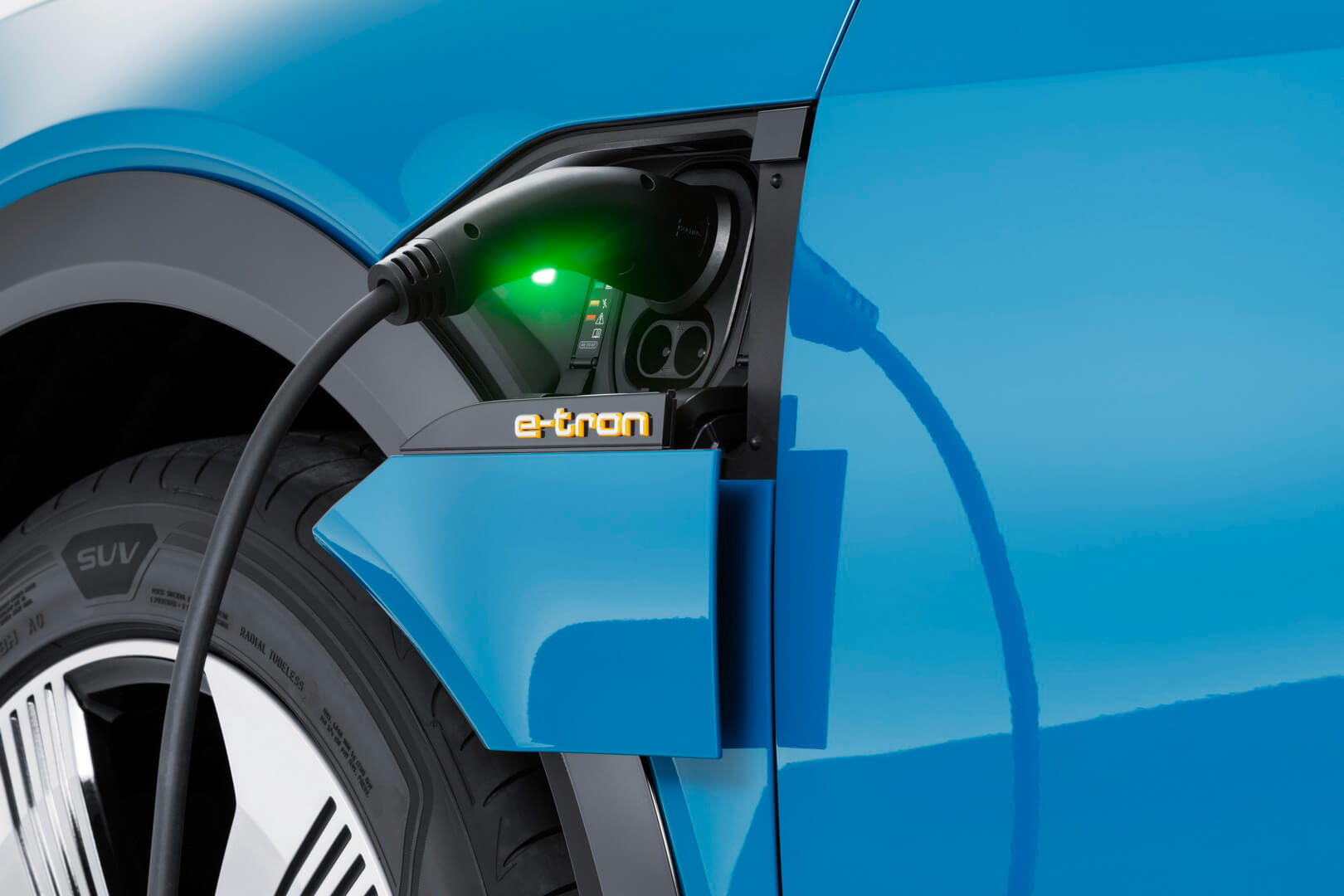 Фотография экоавто Audi e-tron 55 quattro - фото 14