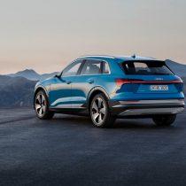 Фотография экоавто Audi e-tron 55 quattro - фото 9