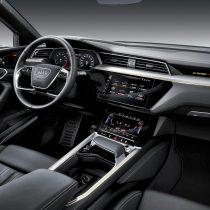 Фотография экоавто Audi e-tron 55 quattro - фото 23