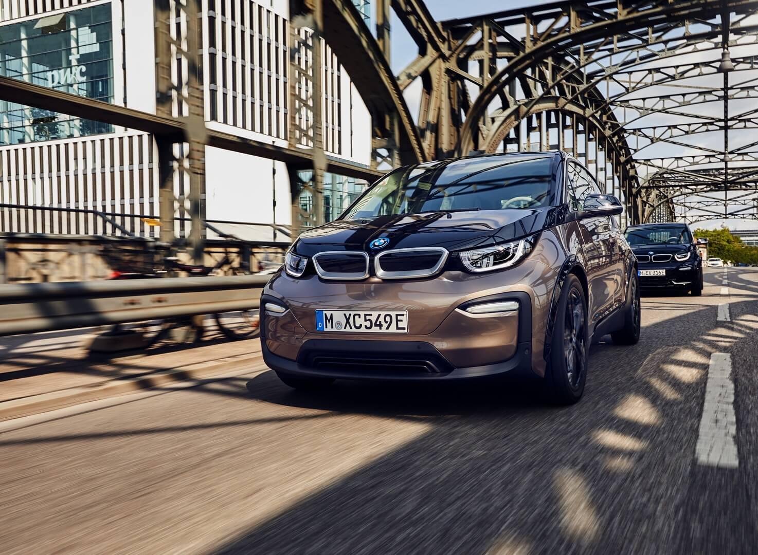 Фотография экоавто BMW i3 2019 (42.2 кВт•ч) - фото 18