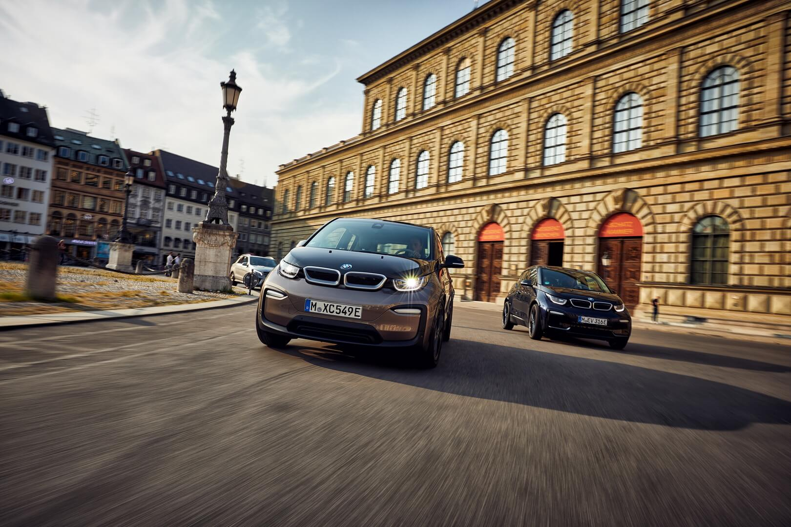 Фотография экоавто BMW i3 2019 (42.2 кВт•ч) - фото 16