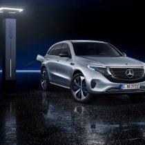 Фотография экоавто Mercedes-Benz EQC - фото 15