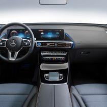 Фотография экоавто Mercedes-Benz EQC - фото 18