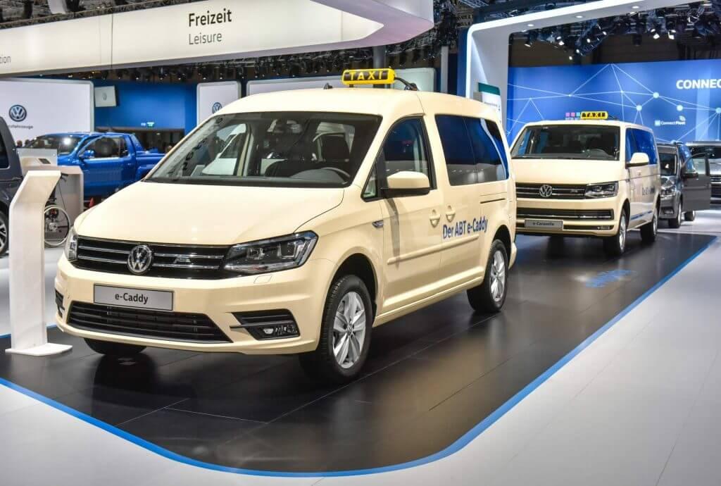 Volkswagen ABT e-Caddy и ABT e-Transporter для служб такси