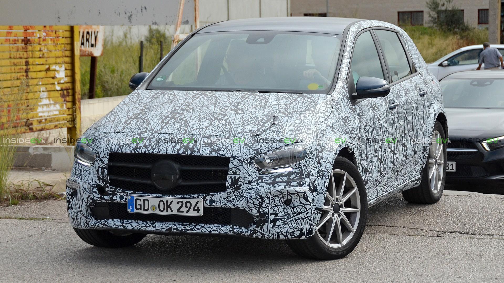 Прототип электромобиля Mercedes-Benz EQB
