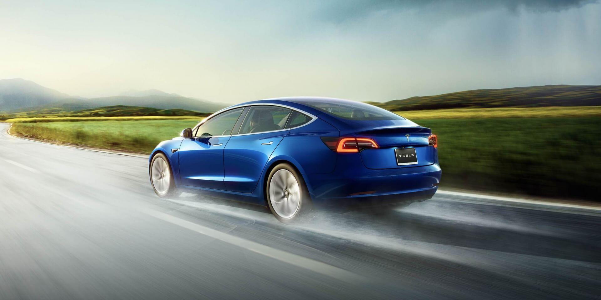 Фотография экоавто Tesla Model 3 Standard Range - фото 4