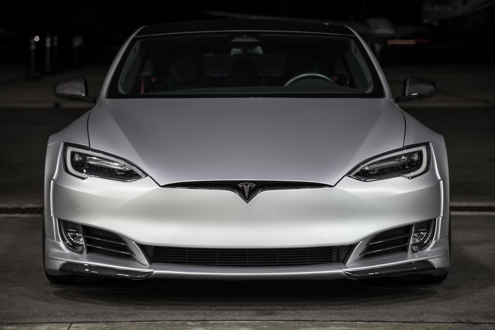 Tesla Model SP100D отUnplugged Performance