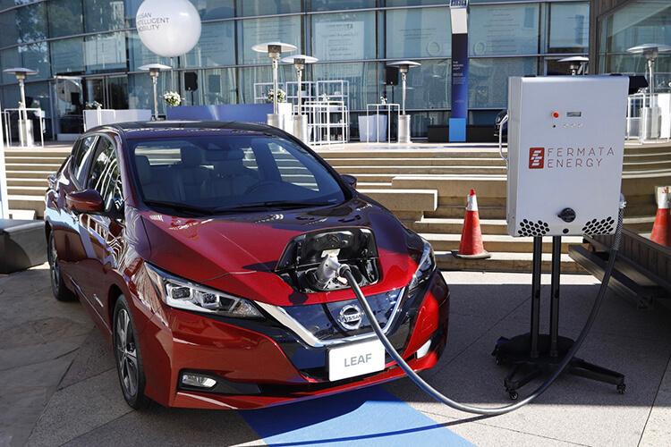 Nissan Leaf c технологией двунаправленной зарядки V2G
