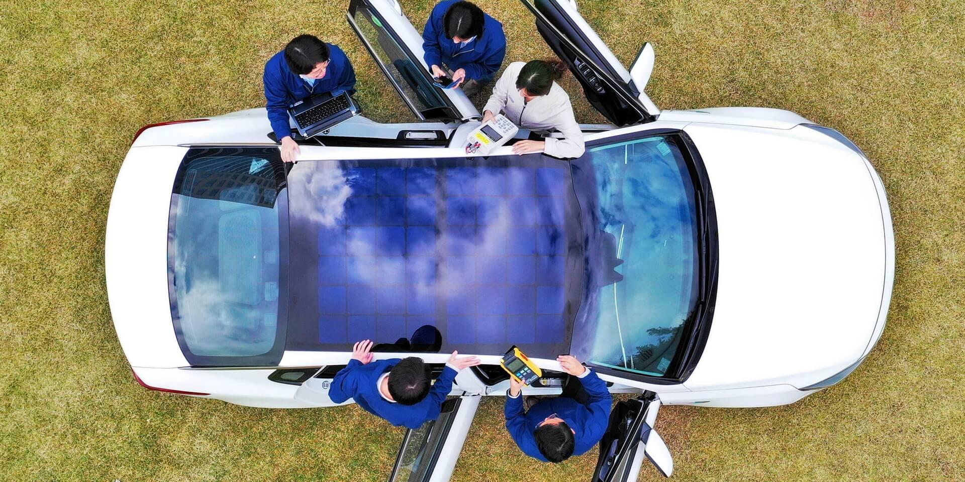 Hyundai и Kia установят в автомобили солнечные панели вместо крыш