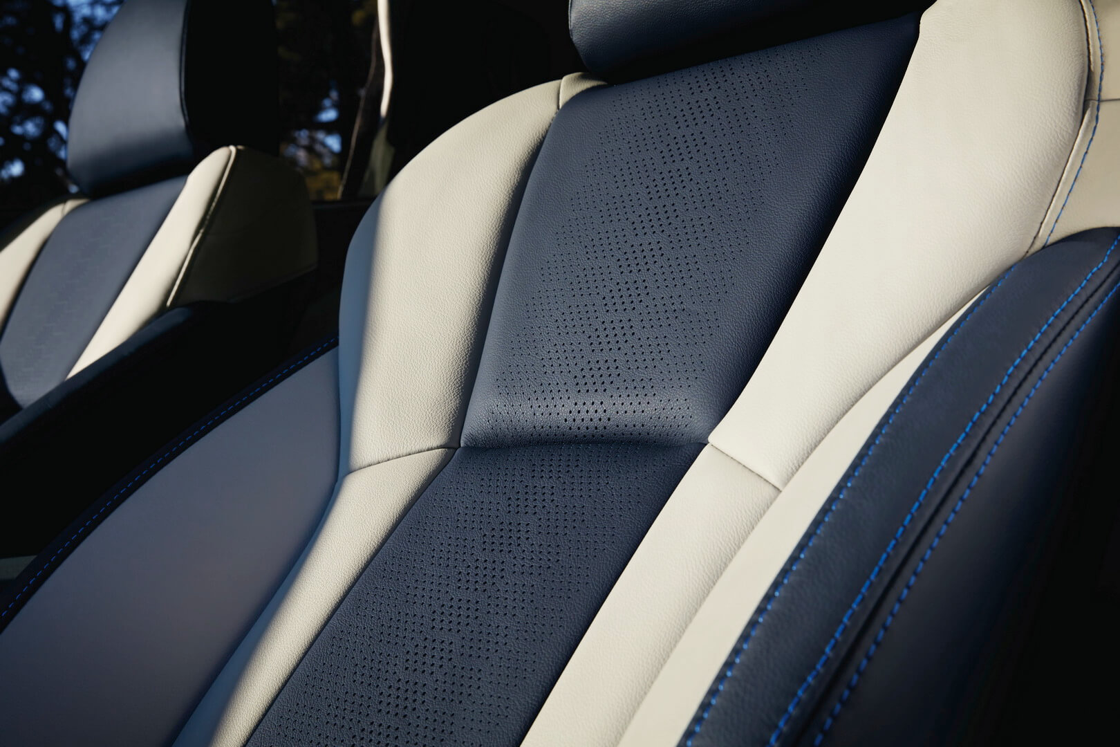 Фотография экоавто Subaru Crosstrek Hybrid - фото 19