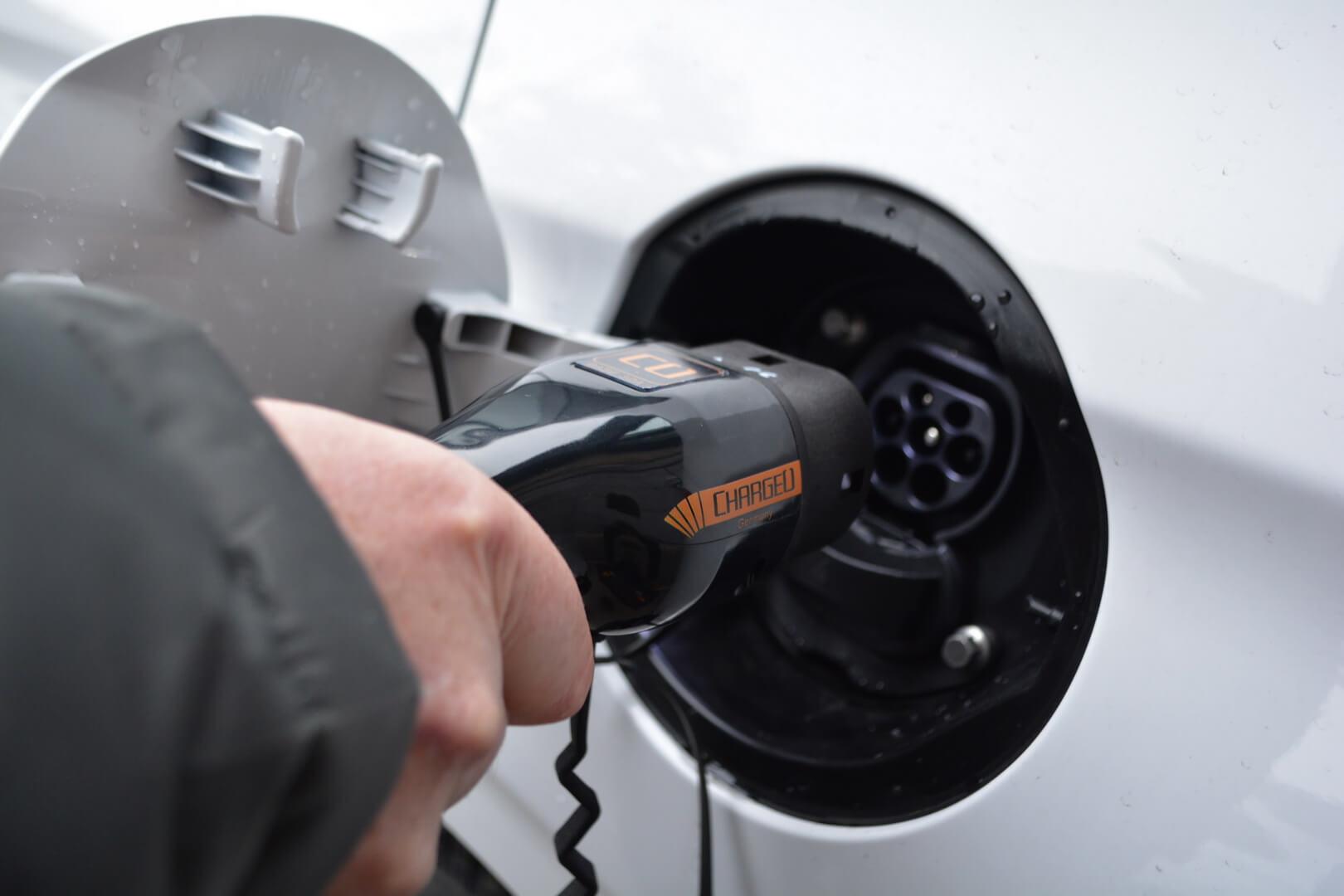 Зарядный порт Hyundai Ioniq Electric