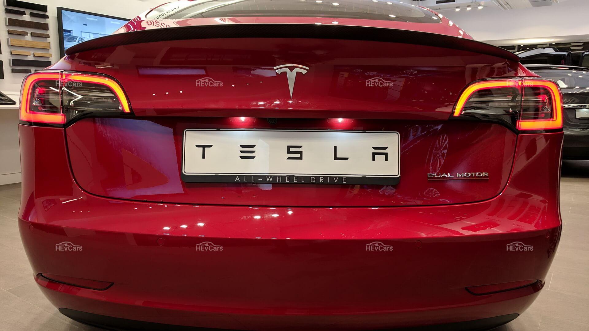 Фотография экоавто Tesla Model 3 Performance - фото 15
