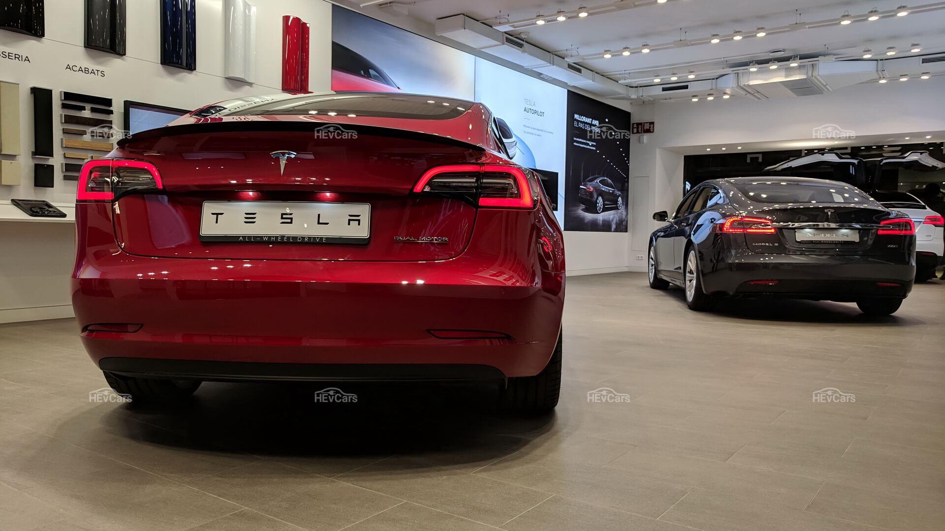 Фотография экоавто Tesla Model 3 Performance - фото 28