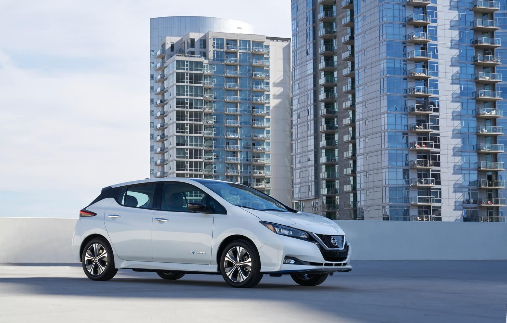 Электромобиль Nissan Leaf e+2019 с батареей 62кВт⋅ч
