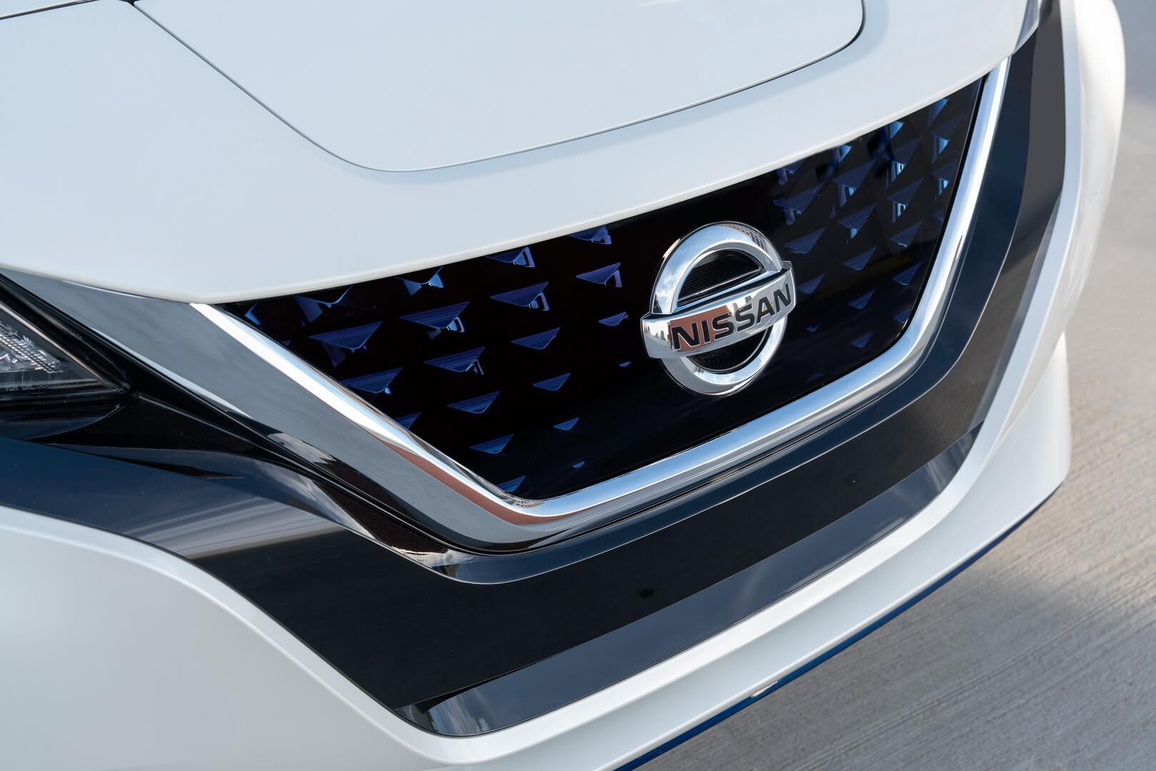 Дизайн экстерьера Nissan Leaf e+2019 с батареей 62кВт⋅ч - фото 2
