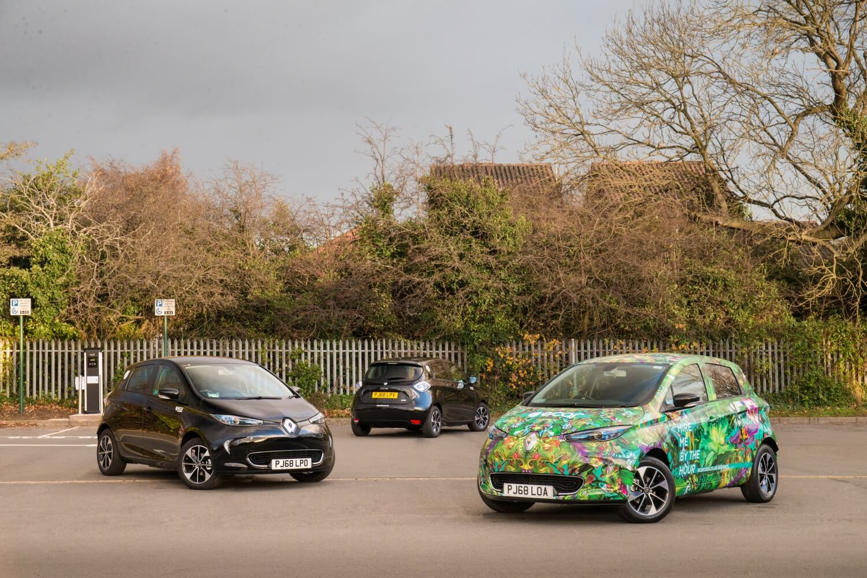 Электромобили Renault Zoe каршеринговой компании компании E-Car Club