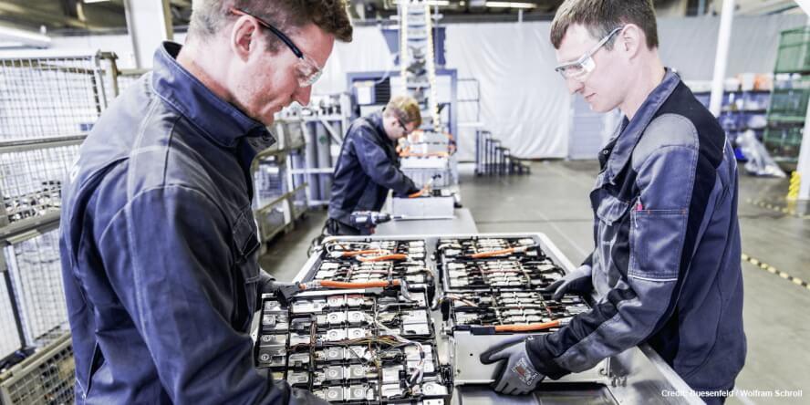 Технология утилизации аккумуляторов от Duesenfeld