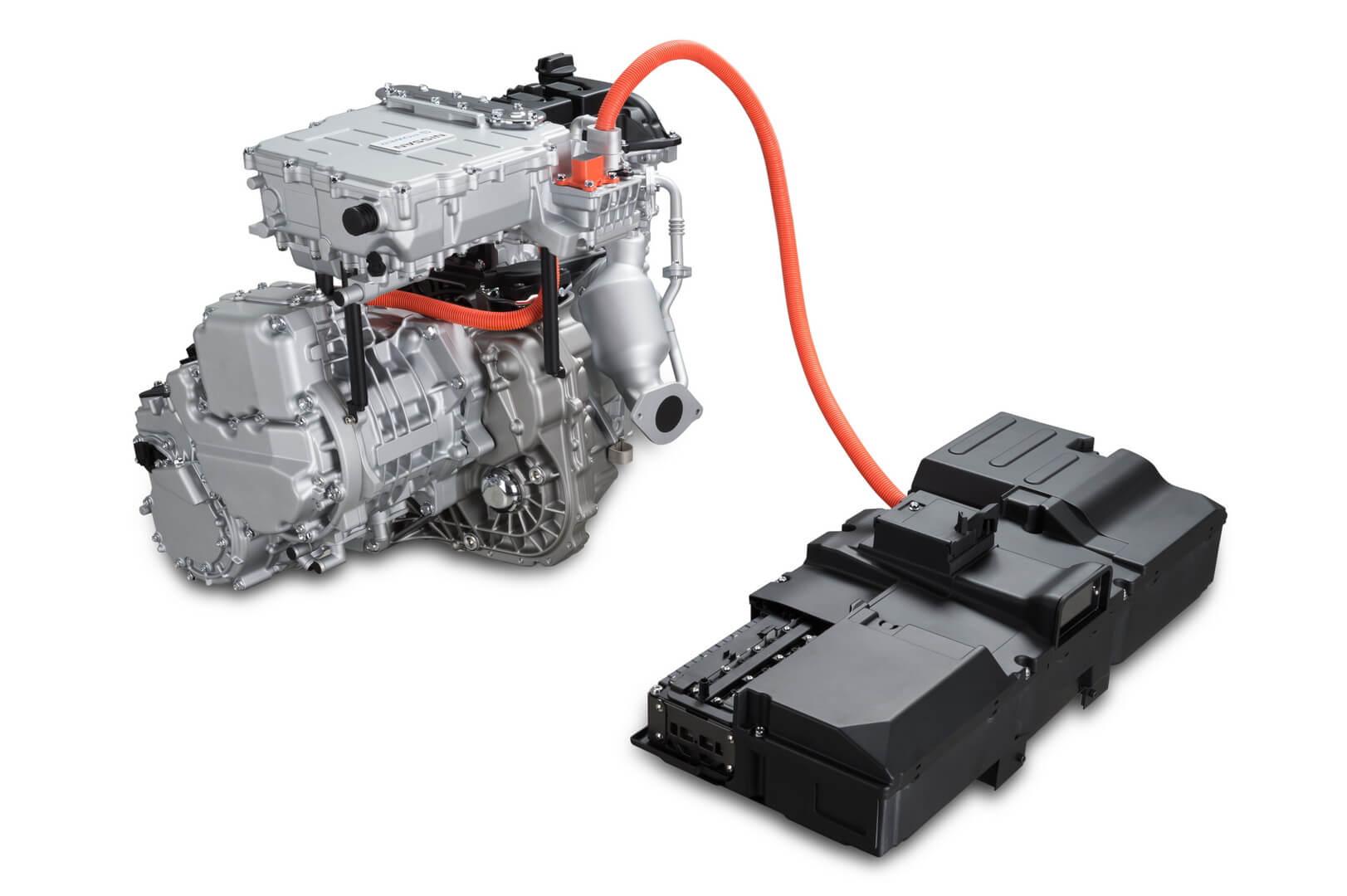 Топливный двигатель и аккумуляторная батарея в NOTE