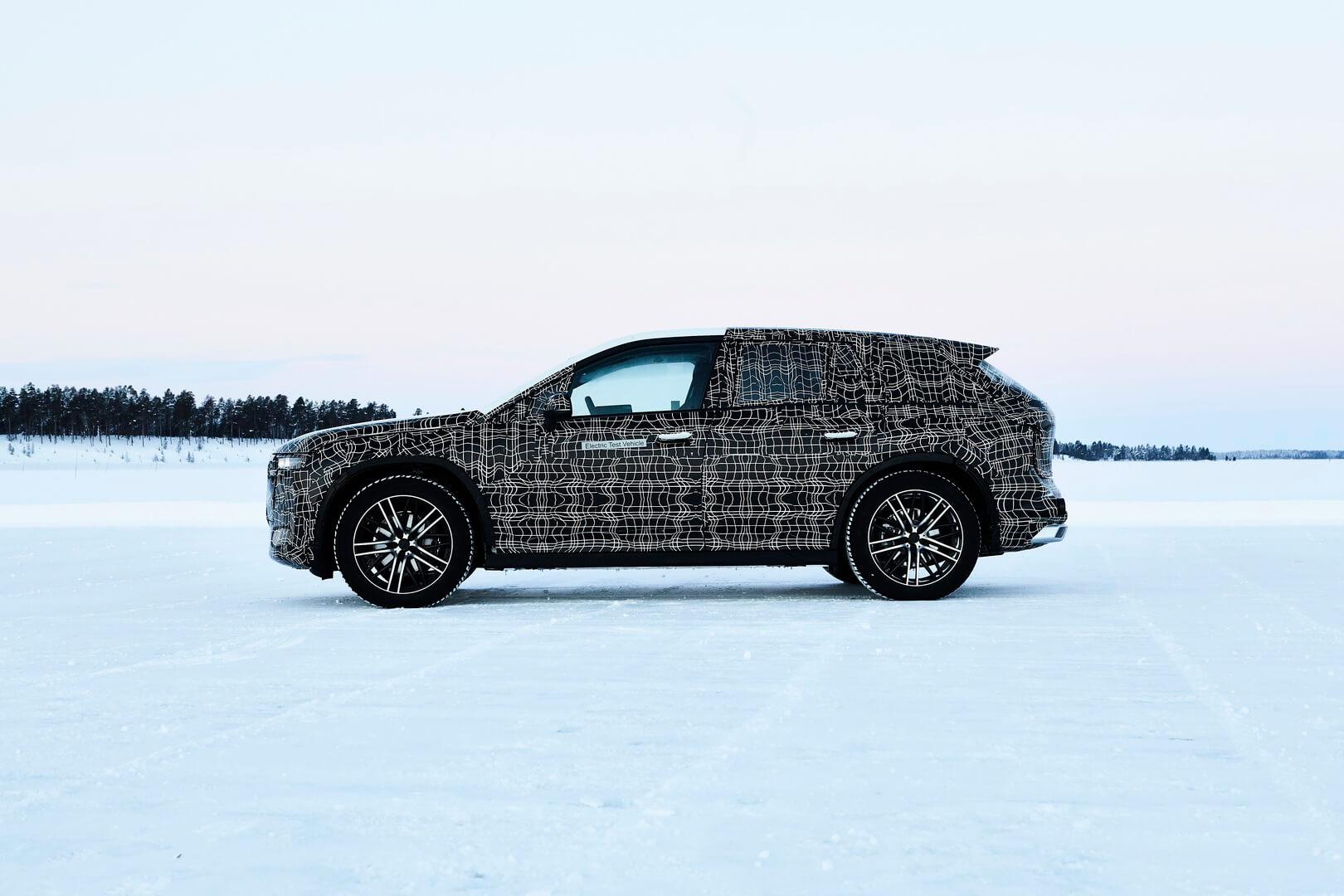 Электрокроссовер BMW iNEXT