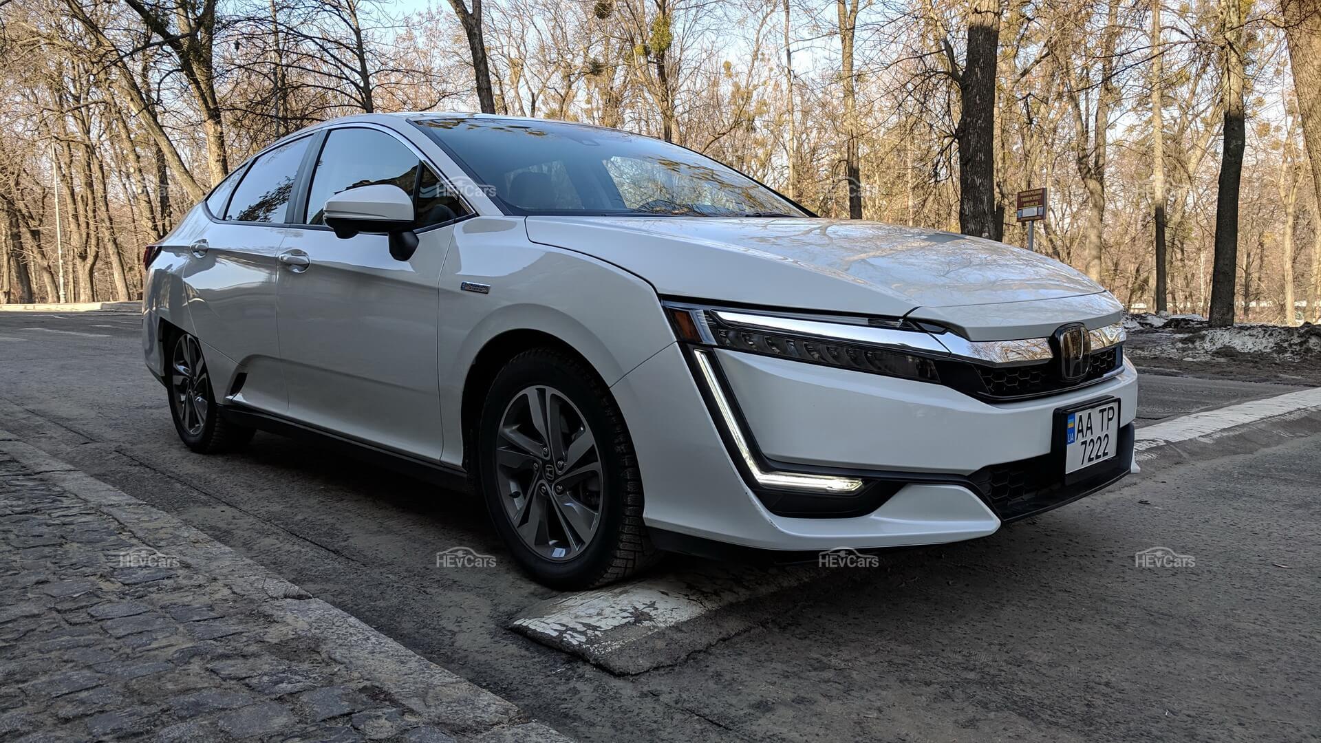 Экстерьер плагин-гибрида Honda Clarity