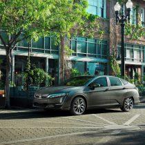 Фотография экоавто Honda Clarity BEV - фото 10