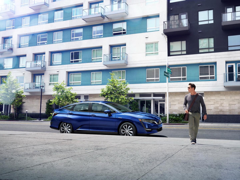Фотография экоавто Honda Clarity BEV - фото 9