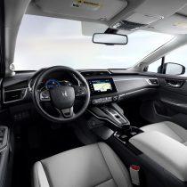 Фотография экоавто Honda Clarity BEV - фото 17