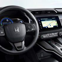 Фотография экоавто Honda Clarity BEV - фото 15