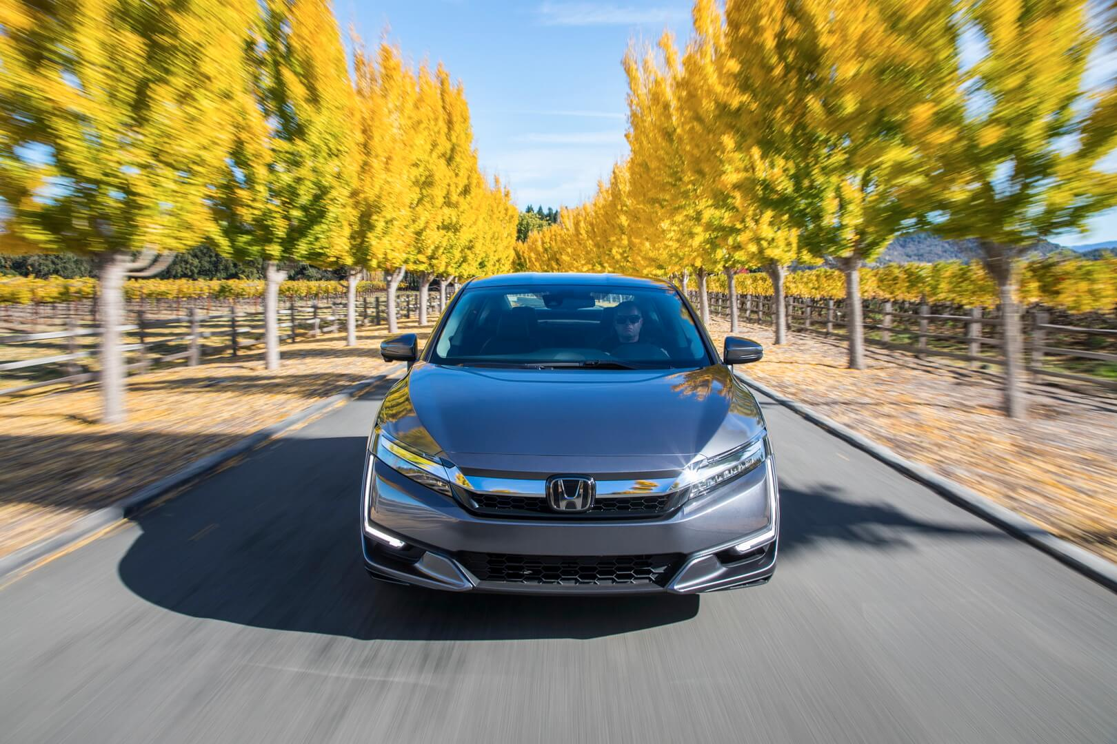 Фотография экоавто Honda Clarity PHEV - фото 11