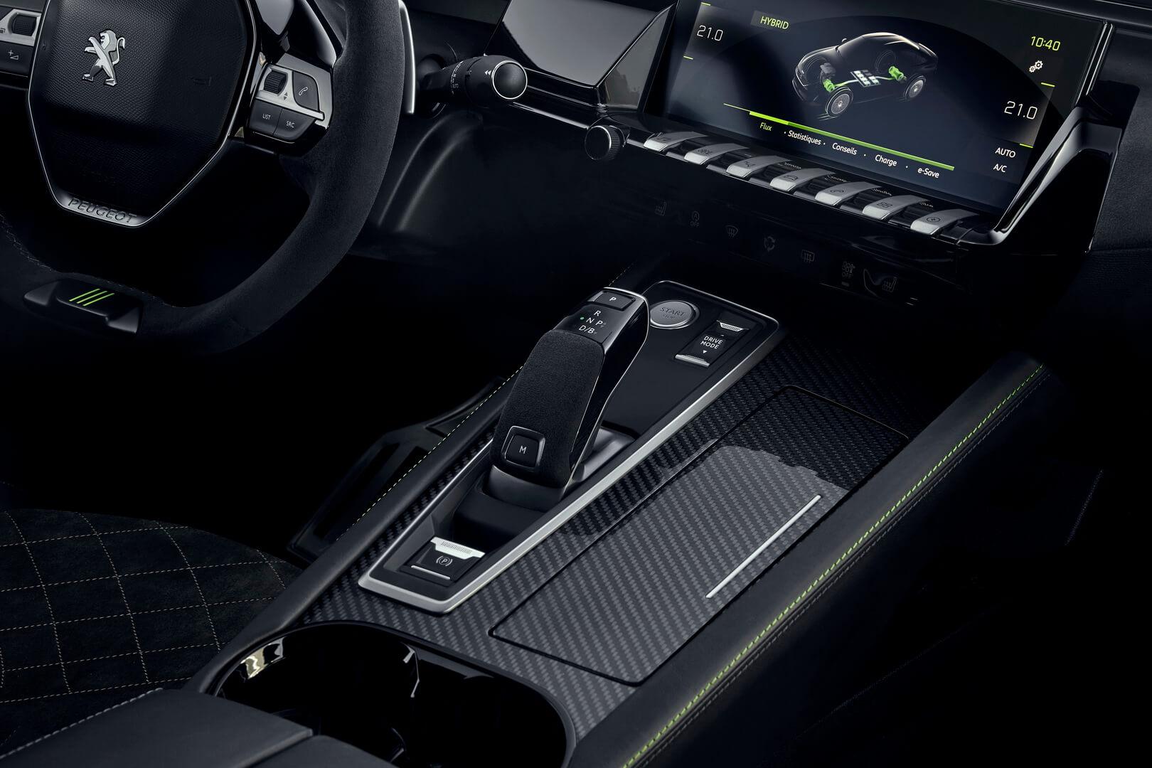 Интерьер Peugeot 508 Sport Engineered